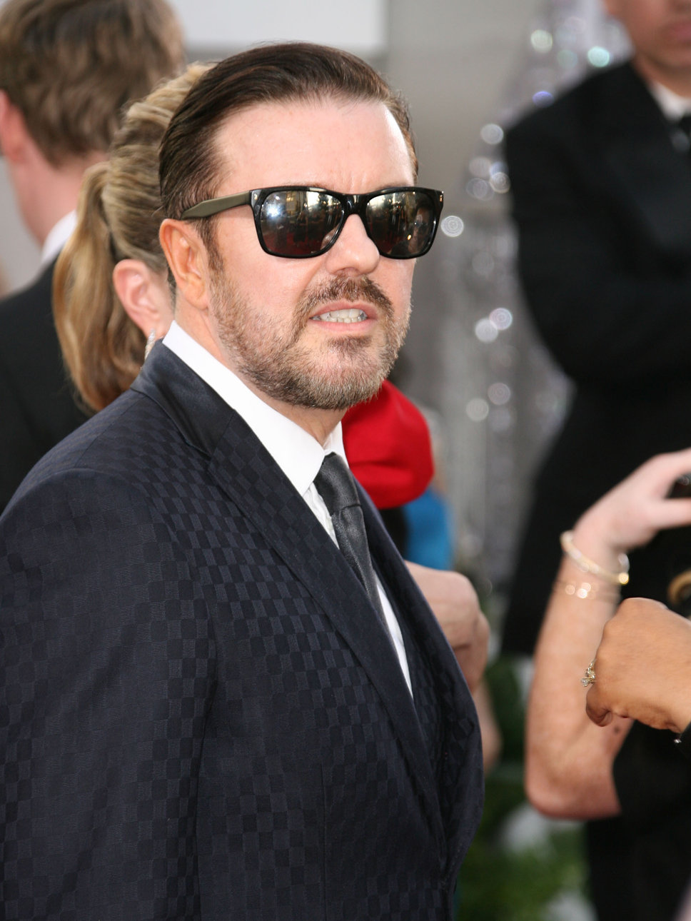 How Girl Wallpaper Ricky Gervais Photos Tv Series Posters And Cast