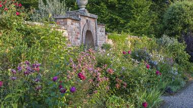 Florido y colorido Jardín Comestible en Morton Hall Gardens