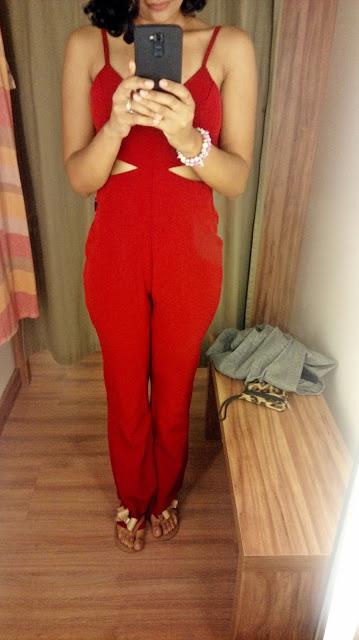 Garimpo Natal e Réveillon: Renner Shopping da Bahia macacão vermelho Renner