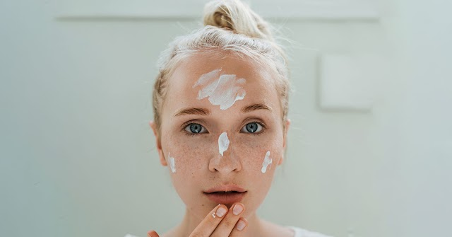 6 Anti-Aging Tips That'll Transform Your Beauty Routine