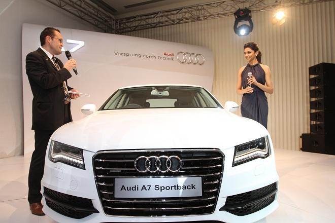 Audi Largest Luxury Car Showroom In Navi Mumbai The World Of - Audi car showroom