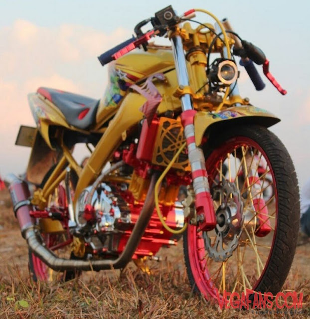 Vixion Modif Jari Jari Warna Kuning Velg Merah