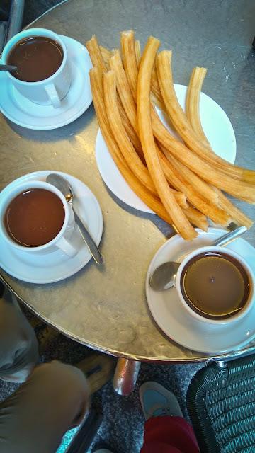 Chocolatería San Ginés; Madrid, Spain