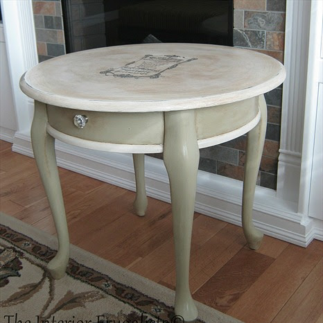 Curbside Queen Anne Round Table Makeover