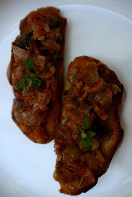 Como-hacer-deliciosas-tostas-caponata-04