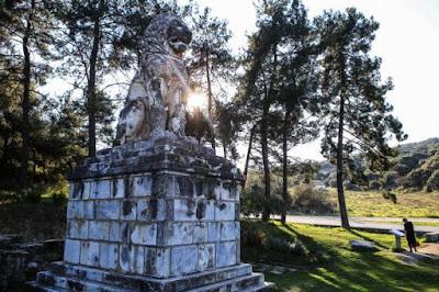 Στα άδυτα του ταφικού μνημείου της Αμφίπολης