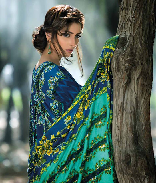 mahrukh-latest-winter-embroidered-shawl-dress-collection-2017-by-zs-textiles-7