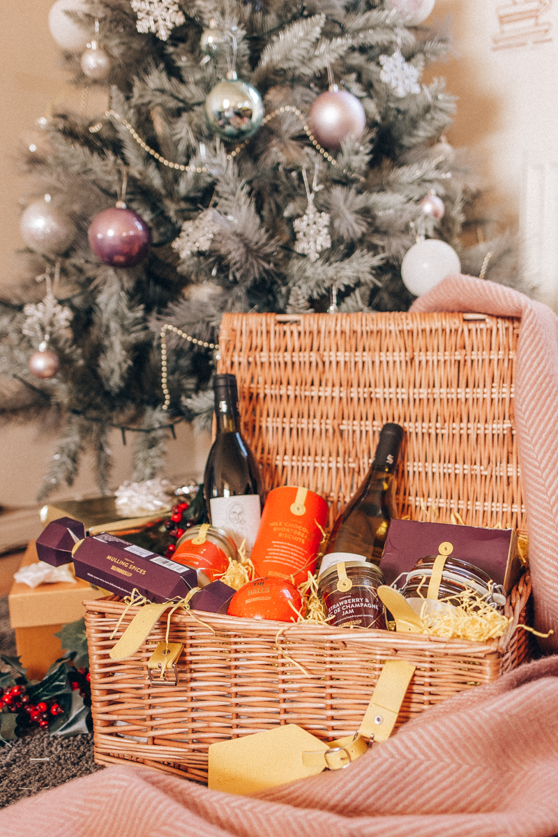 Selfridges Selection Christmas Wicker Hamper