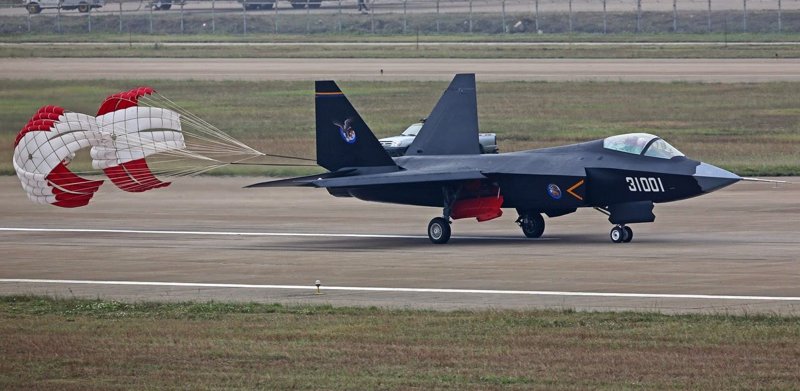 Chinese FC-31/J-31Shen Fei (Falcon Eagle) Stealth Fighter ...