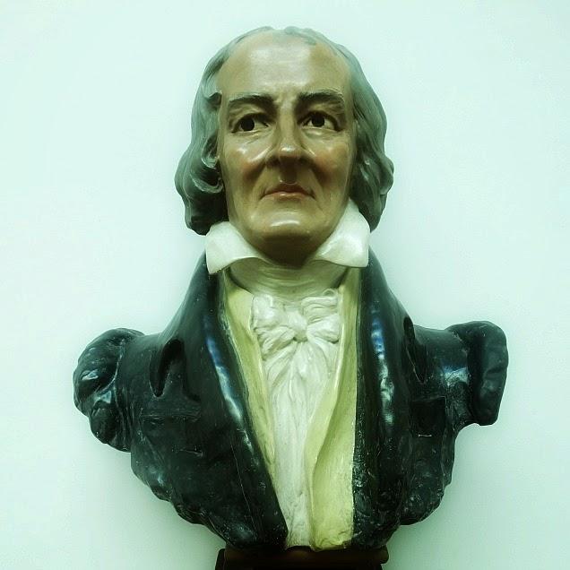 Busto de José Bonifácio de Almeida, na Biblioteca Pública Pelotense, em Pelotas