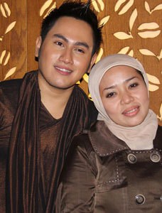 10 Orang Paling Terkenal di Indonesia di Tahun 2012