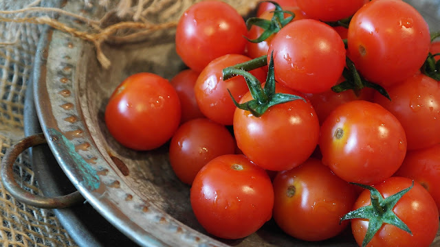 How to make tomato sauce ? - RictasBlog