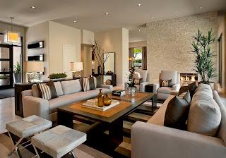 Sala de diseño moderno con chimenea