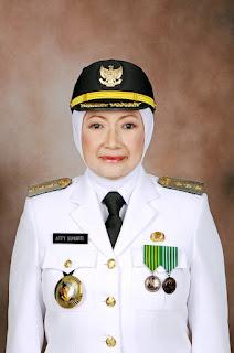 Profil Walikota Cimahi Atty Suharti Tochija
