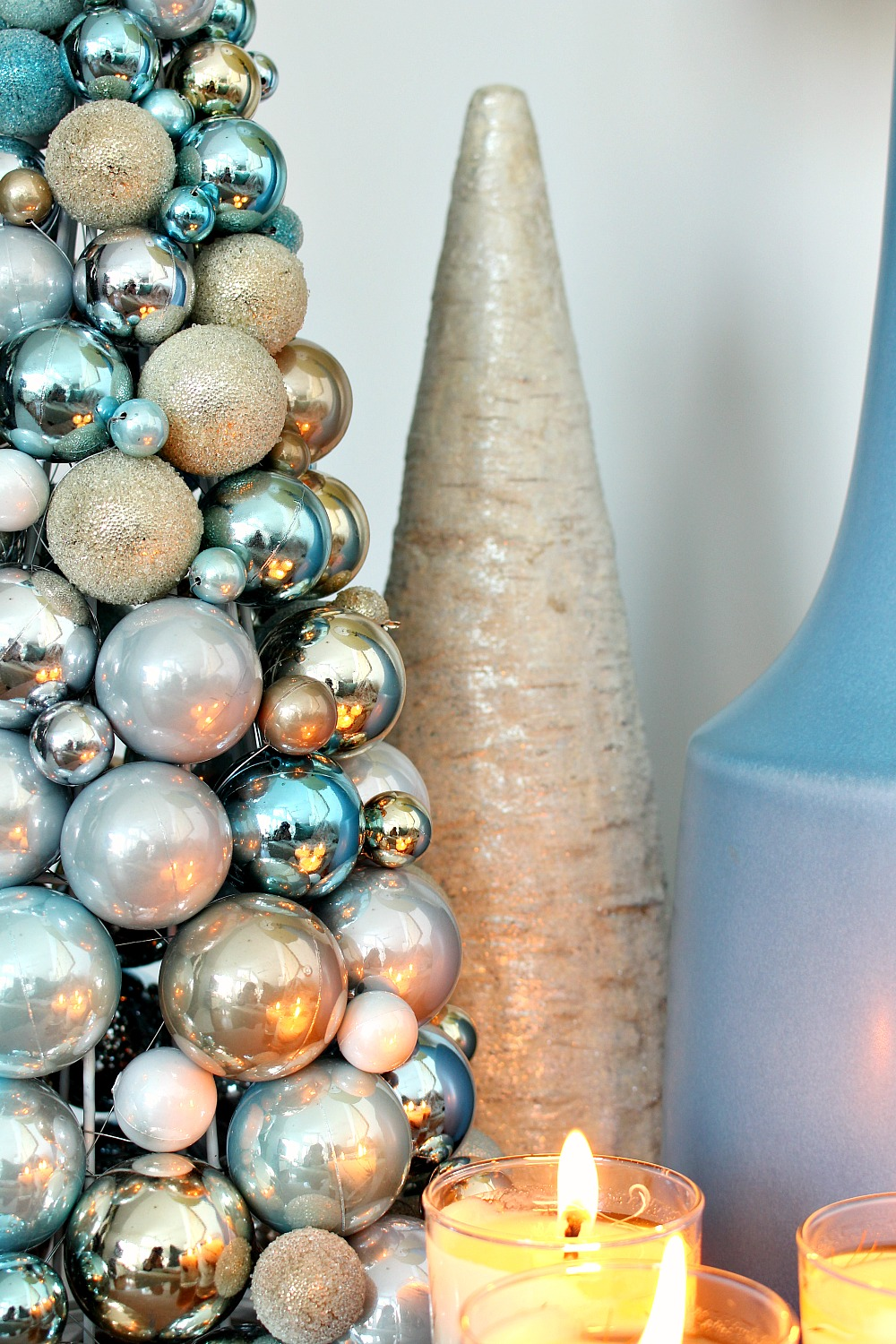 Wintry Blue + White Holiday Decorating with Lowe's Canada Cold Spell