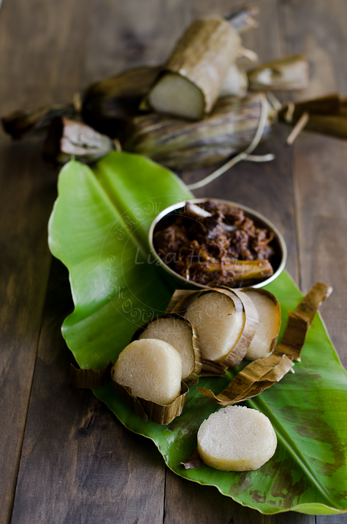 Guest Post # 3~ Lemang/ Glutinous Rice wrapped in Banana Leaf
