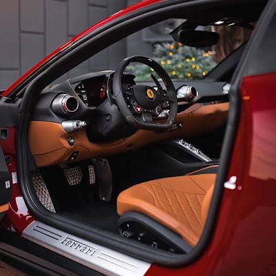 Italian design : Amazing details of 812 Super fast