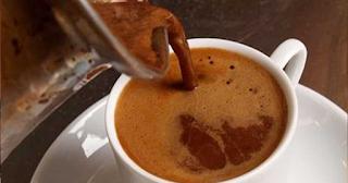 Τρεις καφέδες τη μέρα καταπολεμούν την καρδιοπάθεια, το διαβήτη και την άνοια