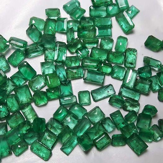Đá Emerald Ngọc Lục Bảo