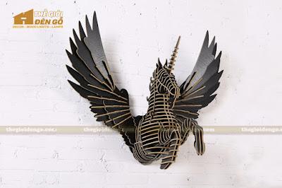 Thế Giới Đèn Gỗ - Đèn gỗ trang trí ngựa Pegasus