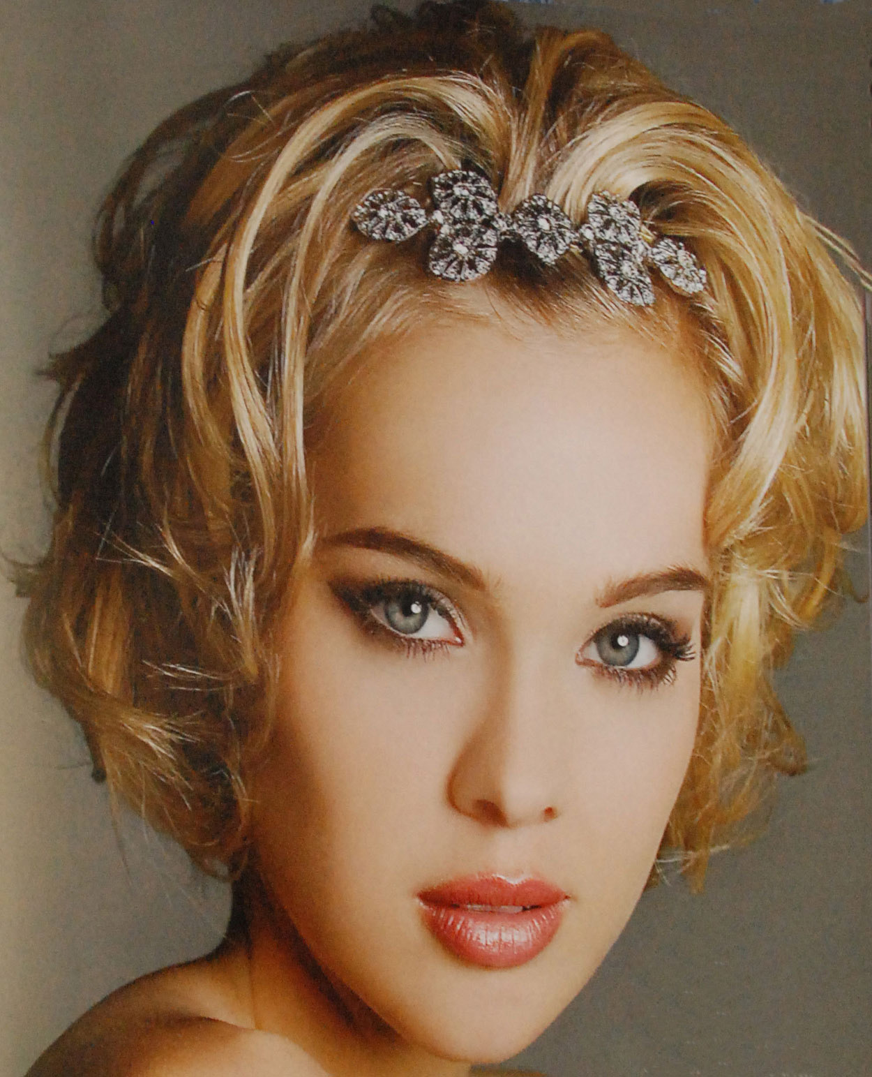Haircut Styles: Short Hair Style: Short Hairstyles For Girls