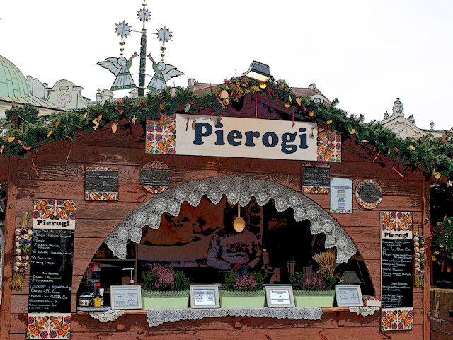 Puesto de Pierogi en la Plaza Rynek Glowny de Cracovia