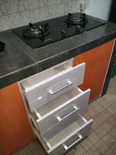kitchen set bernuansa orange