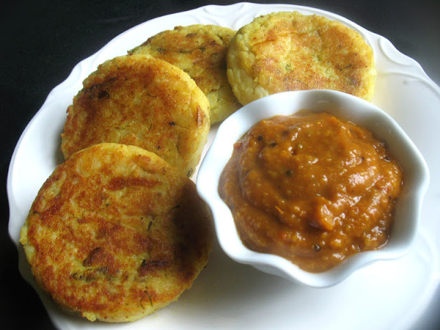 Potato Patties Stuffed with Mushrooms and Peas