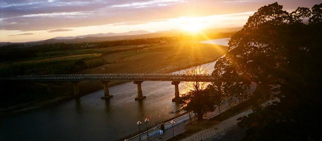 Kon Tum, nổi nhớ- Hoàng hôn trên sông Đăk Bla
