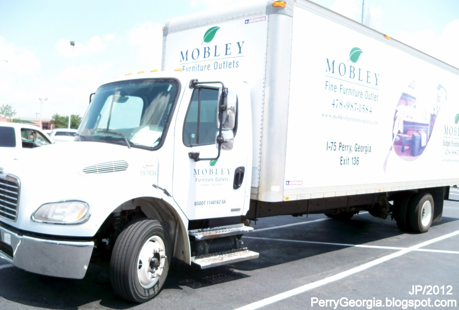 Mobley Furniture Outlet Perry Georgia Valley Dr Houston County Ga I 75 Exit 136