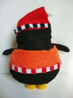 pingüino abracín de espaldas