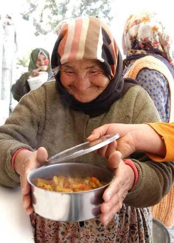 sadakasız yaşam yoksulluk
