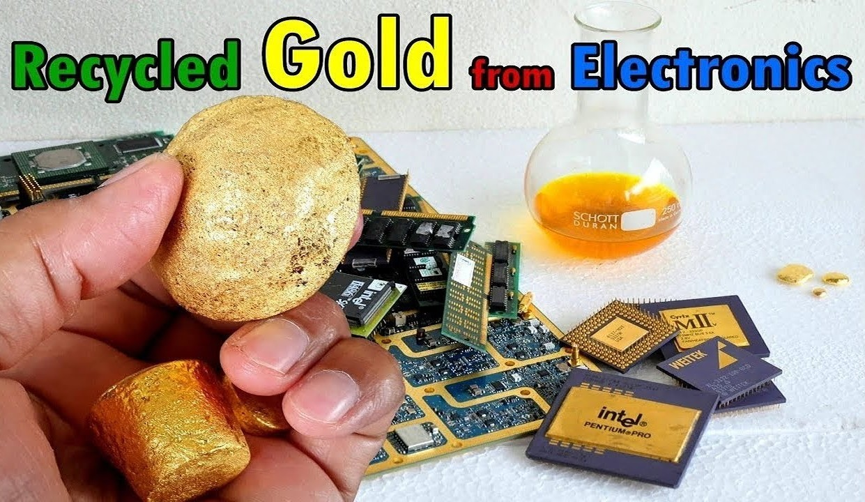 Recyclescrapcircuitboardsjpg Gold Extraction Process Recycle From Electronics Devices E Waste Recycling Scrap Components Connectors Circuit Boards Metal