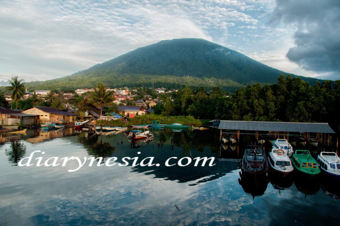 ternate tourism, maluku tourism, gamalama mountain, diarynesia
