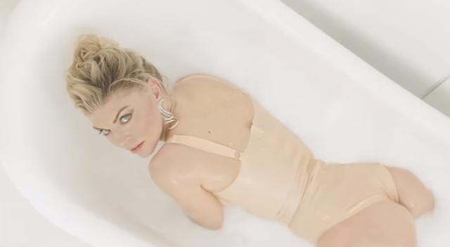 Música en imagen: Fergie y su nuevo video M.I.L.F. $
