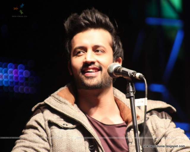Atif Aslam - Penyanyi India