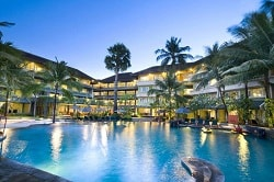 Hotel Harris Resort Kuta dekat Mall