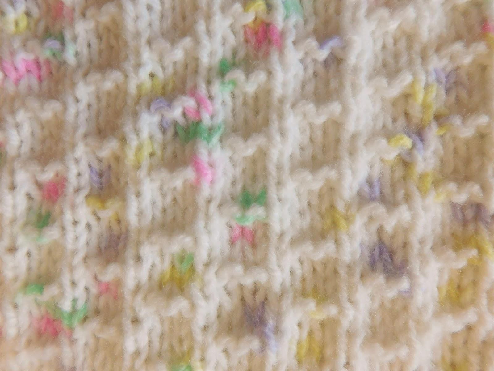 Marianna\'s Lazy Daisy Days: NEVIS Baby Blanket