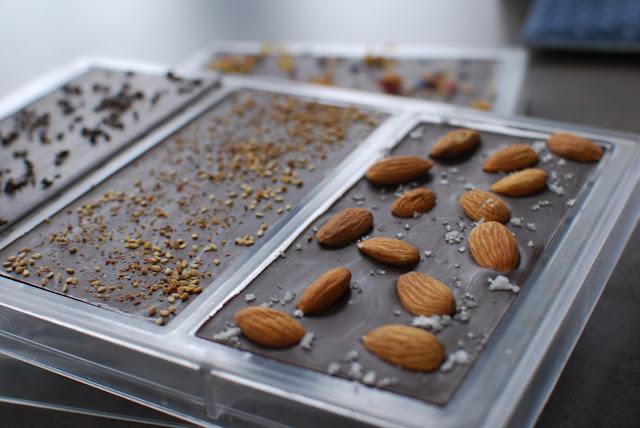 tablette de chocolat amandes et fleur de sel