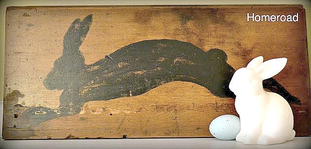 DIY Rustic Shelf Bunny sign with bunny