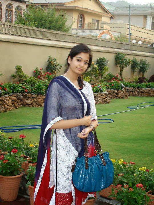 Indian Desi Girls Hd Wallpapers - Hd Wallpapers-6543
