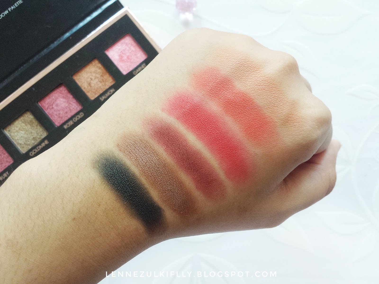 Focallure 18 Shades Full Function Palette in 01 Bright Lux | LENNE ZULKIFLLY