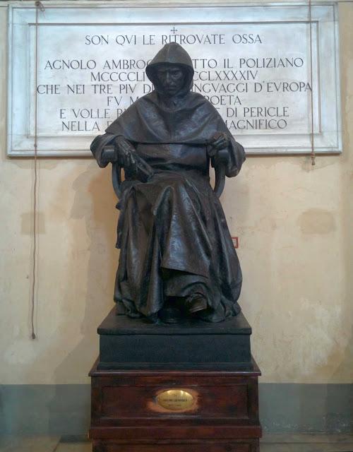 Estatua de Girolamo Savonarola en San Marcos  (Florencia); la célebre hoguera de las vanidades   tuvo lugar en la plaza homónima