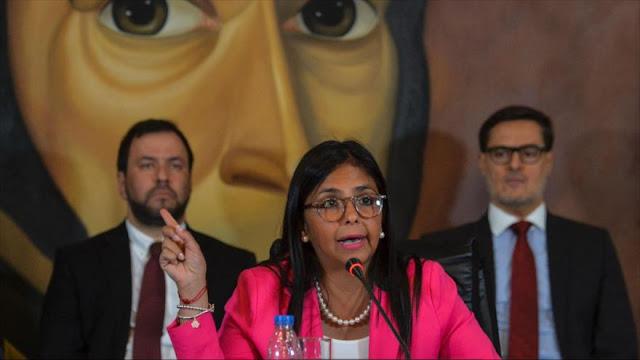 Venezuela arremete contra Merkel por promover violencia opositora
