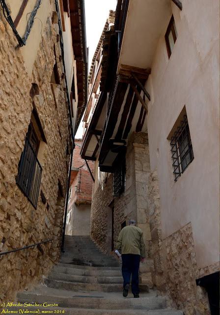 ademuz-valencia-san-joaquin-balconadas