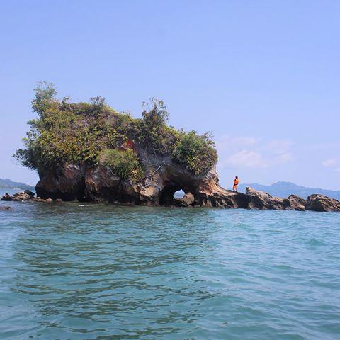 Pantai Batu Gajah Sibolga