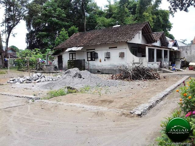 Tanah dekat Sekolah Budi Mulia Dua