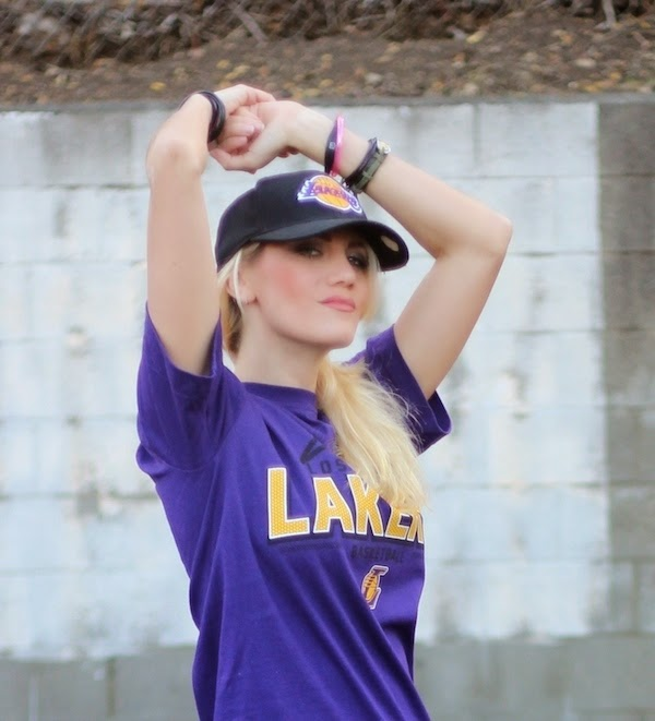 Anne-Cohen-arcwrites-Lakers-love