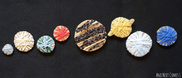 Planets crafts for kids - make yarn wrapped planets!