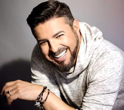 Foto de Luis Enrique con más bigote y barba